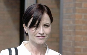 Cranberries singer Dolores O'Riordan died by drowning in bath due to alcohol intoxication, inquest hears