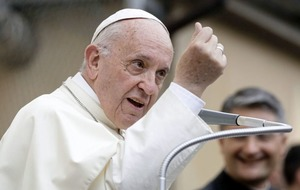Pope Francis to travel through Dublin in Popemobile on Saturday