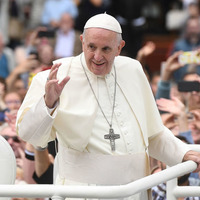 Pope Francis prays for Irish victims of abuse