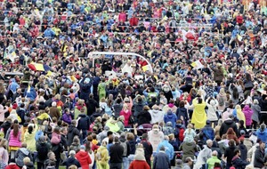 A day to remember for thousands of pilgrims in Phoenix Park