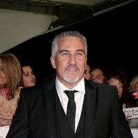 Paul Hollywood gives first ever handshake for showstopper on Bake Off