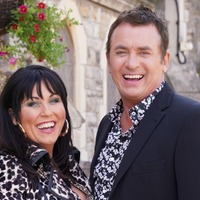 EastEnders gives fans a glimpse of Shane Richie and Jessie Wallace on set