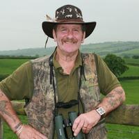 Wildlife presenter Johnny Kingdom killed in 'digger accident'