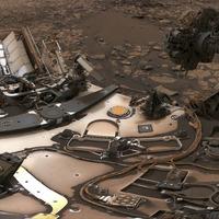 Nasa's Mars rover Curiosity snaps dusty selfie