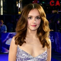 Vanity Fair's Olivia Cooke: Career may have been different if I'd stayed in UK