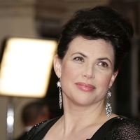 Kirstie Allsopp leaves Twitter after iPad smash row