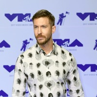 Calvin Harris and Sam Smith hold off Kanye West to stay number one