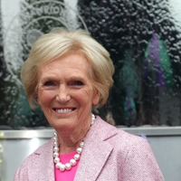 Mary Berry: I cannot come to terms with skirts teamed with trainers