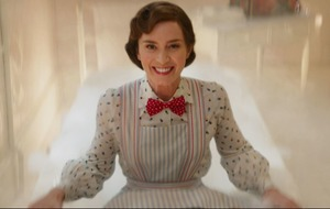 Emily Blunt descends from the sky in Mary Poppins Returns trailer
