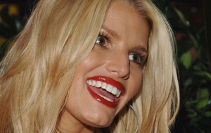 Jessica Simpson announces she is expecting third child