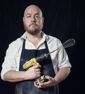 Comedian and cook George Egg uses power tools to whisk up dinner in new show