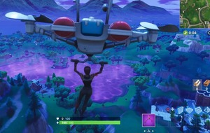 That weird cube on Fortnite melted in Loot Lake and made it bouncy