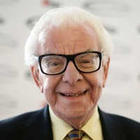Comedian and writer Barry Cryer given lifetime achievement award