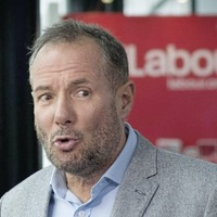 Firebrand Derek Hatton backs Jeremy Corbyn after claiming to have rejoined Labour
