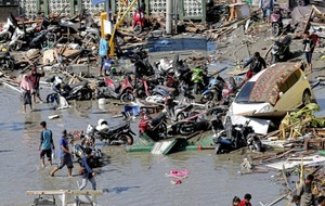 Death toll after tsunami in Indonesia expected to shoot up past 800 already confirmed dead