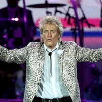 Pop veterans clash as Sir Rod Stewart and Cher compete for number one