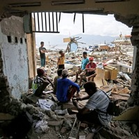 Uncertain future for survivors in quake-shattered Indonesian city