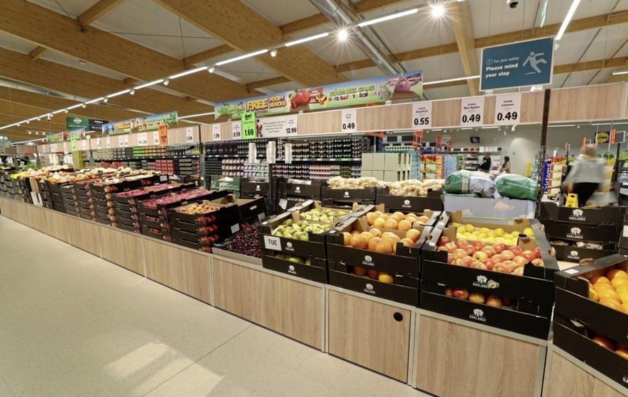 Lidl has announced it is removing black plastic packaging from its entire  fruit and vegetable range across all 195 stores on the island of Ireland  before ... 6a87d3b1d2