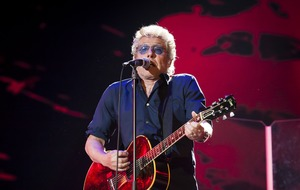 The Who's Roger Daltrey plans to carry on performing