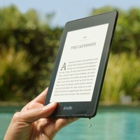 Amazon's new Kindle Paperwhite is waterproof for the first time