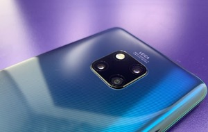 How does the new Huawei Mate 20 Pro compare to its rivals?
