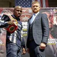Is Tevin Farmer overlooking James Tennyson?