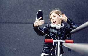 Leona O'Neill: Firms encouraging children to create the 'perfect' selfie is worrying