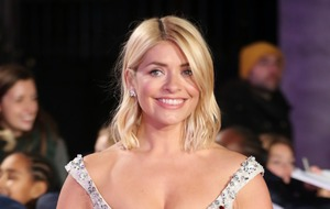 Holly Willoughby gets I'm A Celebrity send-off with cake and presents