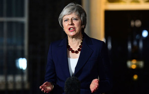 Theresa May's cabinet backs Brexit deal - but DUP opposed