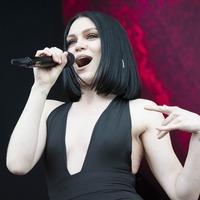 Tatum ex Jenna Dewan backs Jessie J over media comparisons