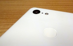 How does the Google Pixel's Night Sight match up to rivals?
