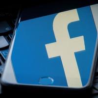 Facebook to fund 80 trainee local journalists in £4.5m scheme