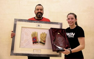 Diarmuid Nash and Catriona Casey clinch Golden Gloves handball honours