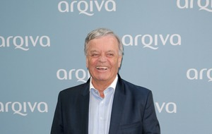 Tony Blackburn reveals he was mugged by three people