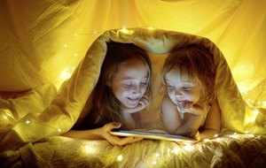 Kids not getting a good night's sleep? Why tech before bedtime is a no-no for children