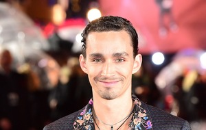 Mortal Engines star Robert Sheehan says it is natural to politicise films