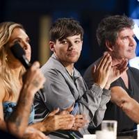 Last three X Factor contestants go head-to-head as series final begins