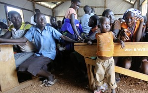 South Sudan refugee crisis – Kids orphaned by conflict fend for themselves