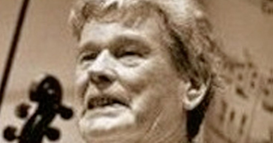 Tributes paid following death of Donegal fiddle player