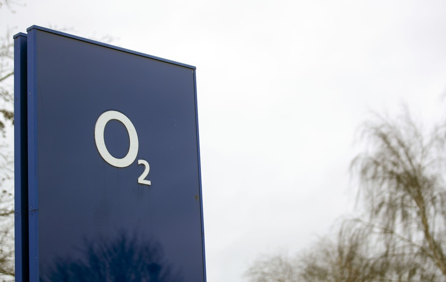 O2 investigating UK-wide network outages