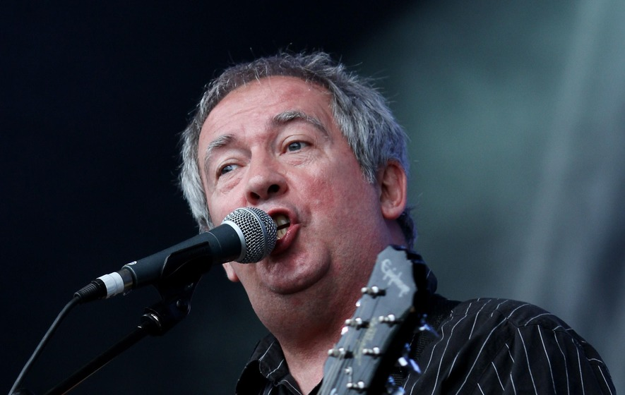 Lead singer of The Buzzcocks Pete Shelley dead at 63