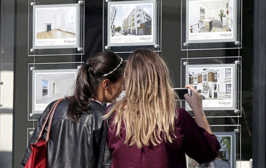 Annual house price growth in UK at its slowest for six years