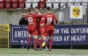 Barry Gray praises grit shown by Cliftonville in win over Glenavon