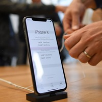 Apple denies claims of iPhone sales ban in China