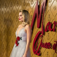 Margot Robbie pretty in polka dots at Mary Queen Of Scots premiere