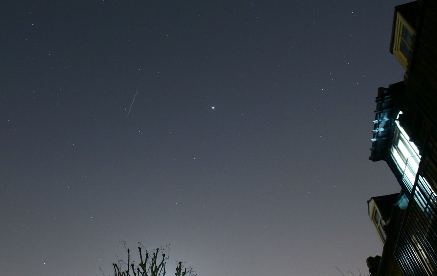 Google Marks Geminid Meteor Shower With Doodle