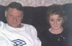 Couple who never spent a day apart in 40 years die within hours of each other