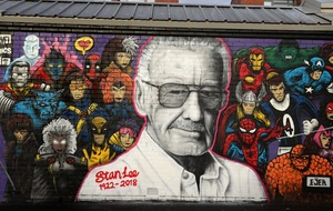 Stan Lee mural unveiled in Glasgow