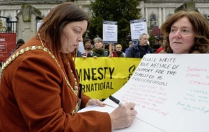 Support for deportation protesters at Belfast City Hall event
