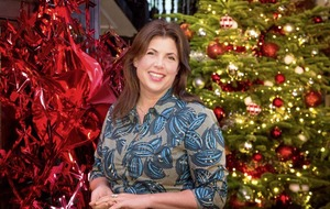 Sleb Safari: To wrap or not to wrap, that is the question Kirstie Allsopp